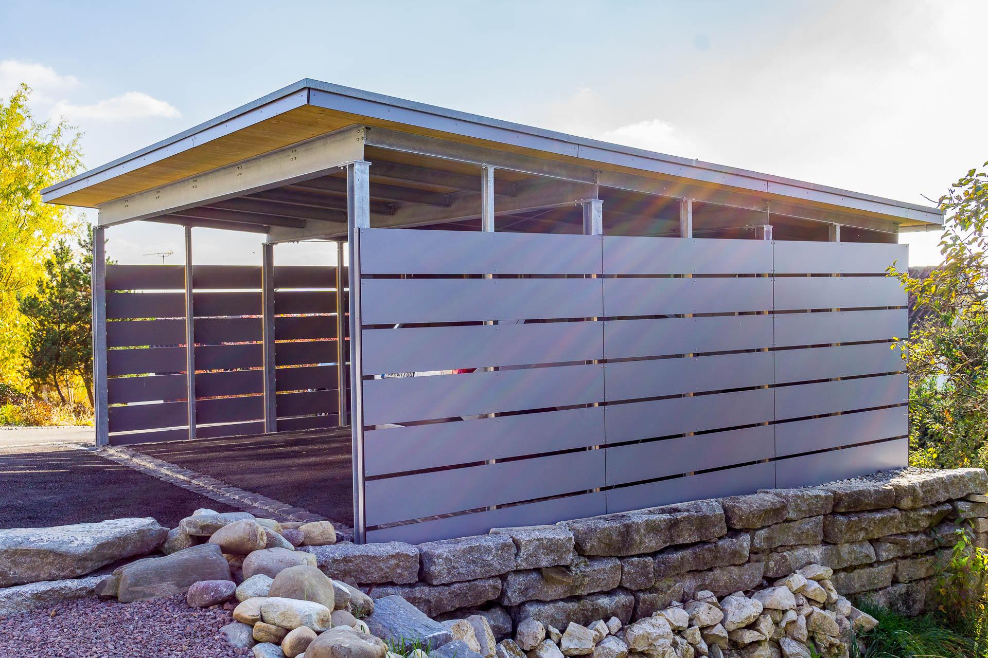 Carport mit Fassadenplatten